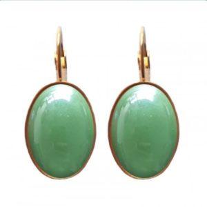 ovaalvormige oorbellen kleur olijf groene steen en goldplated