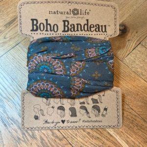 oho bandeau van natural life. op veel verschillende manieren te dragen zoals: haarband, bandeau, sjaal,haarband etc kleur groen met roze-oranje ronde print