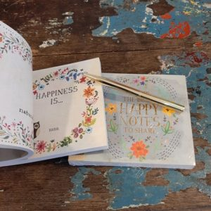 fill in the blank boekje om vrolijke gedachten te delen. scheur een pagina uit schrijf een leuke gedachten op en deel deze met je lievelingspersoon!