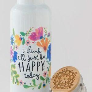 traveler bottle met botanische bloemenkrans met tekst i think i'll just be happy today