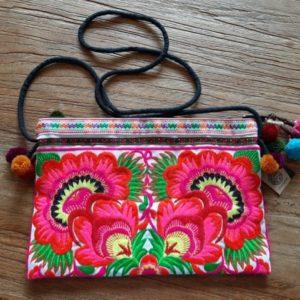 super mooie tas met roze kleuren en groen