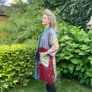 zijde kimono met strikceintuur. vele kleuren zoals bordeaux paars en groen