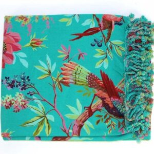 mooie turquoise hamamdoek met bloemen en vogels in roze blauw en groen